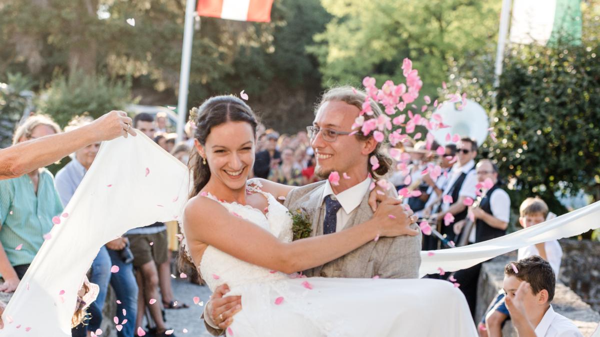 Frau heiraten ungarische Japanische Frauen